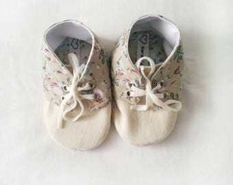 Cream Flower Sneakers