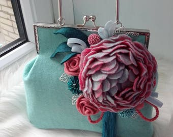 Felt bag Felted bag Felt purse Felted flower bag Wool felt bag with flower Mint felt bag Women bag with pink flower Designer bag Women bag