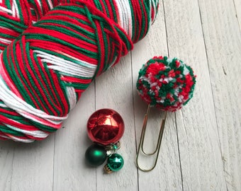 Mistletoe Pompom Paperclips, Christmas Yarn Pompom Paperclips, Christmas Pompom Bookmarks, Christmas Bookmarks