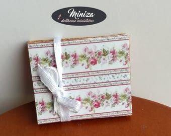 Miniature pads, 1:12 scale