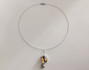 Necklace cable plate of treats