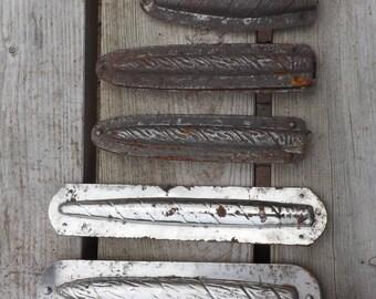 Guirlandes. Moule chocolat. Pâques. Vintage. France
