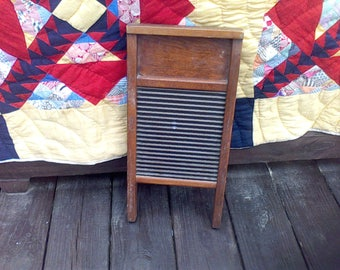 Wash Board, Farm house decor, Rustic Deco, National Washboard Co 442 , Chicago, Memphis