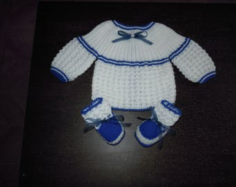 set shirt and baby booties size 1 month