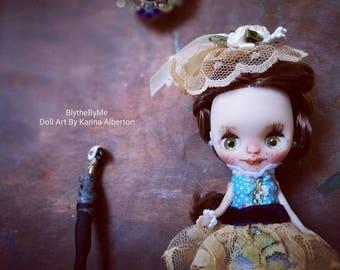 Custom Victorian Petite