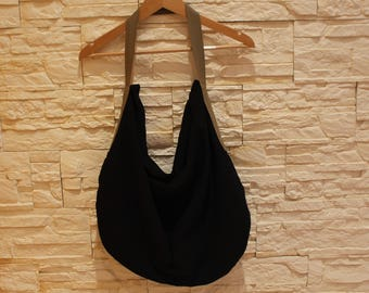 Denim bag spacious, ideal for everyday use in town or for your days at the beach!!