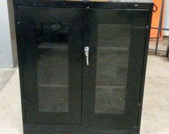 Tennsco Storage cabinet with PlexiGlass doors, Short storage cabinet, Locking doors, 3 Adjustable Shelves, Black Finish, ** Local P/U Only**