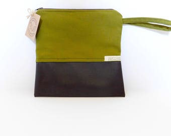 Travel Pouch // Clutch // Cosmetic Bag // Olive Green // True Leaf Collection
