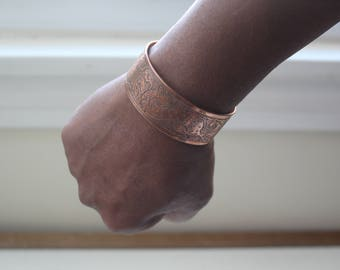 copper bracelet with design