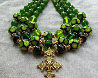 Necklace made of Lampwork beads and green agate