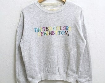 RARE!!! United Colors Of Benetton Big Logo Embroidery Multicolour Crew Neck Light Grey Colour Sweatshirts Hip Hop Swag M Size