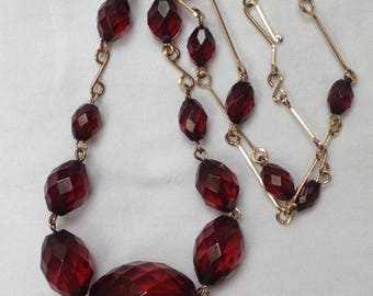 Vintage Art Deco 1930s cherry red amber bakelite necklace Rolled gold wire chain