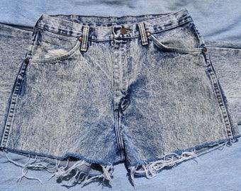 Acid Wash Wrangler Cutoff Jean (MADE IN USA)