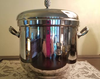 Vintage Silverplate Ice Bucket with Lid - Sheffield