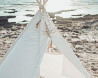 Childrens Beach teepee. Sea front teepee,outdoor Beach teepee. feder teepee.play tent. childrens teepee .Kids toys tent.kids beach tent