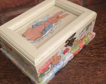 Delightful Peter Rabbit Treasure Box - Add yr own photo