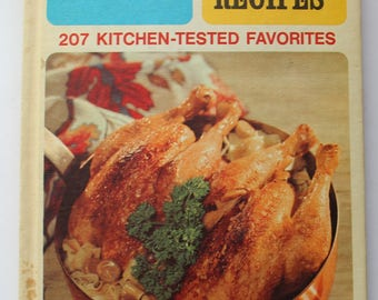 Retro Vintage Family Circle Great Chicken Recipes Cookbook