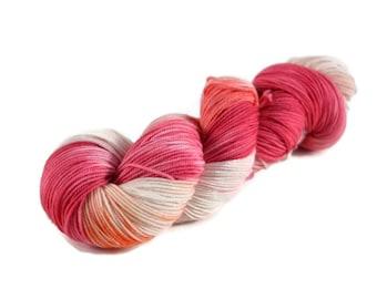 Sport Yarn, Merino yarn, sport weight yarn, superwash wool yarn, 100% Superwash Merino, pink, orange, speckled, merino sport - Love Birds
