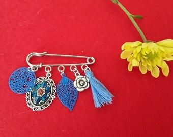 Safety blue Pom Pom flower cabochon pin brooch