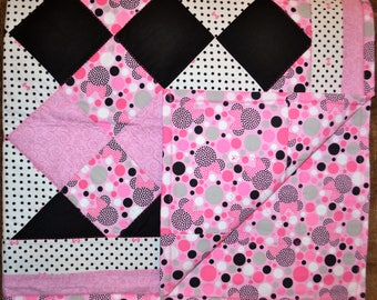Pink & Black Minnie Mouse Dot Quilt