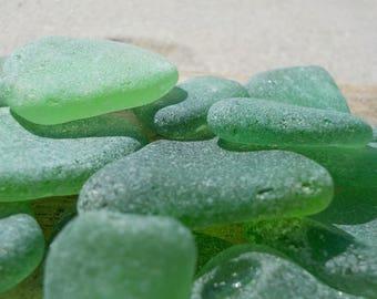 "10 pcs Bulk Kelly Green Genuine Sea Glass -0,8-1,2""- Jewelry Quality-Glass Home Decor#66B#"