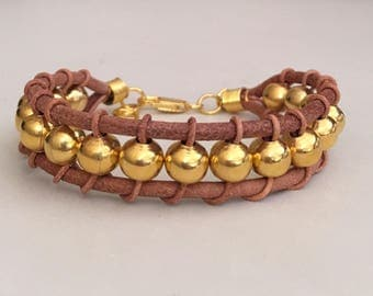 Women's leather bracelet/leather bracelet/Gold plated bracelet/Boho bracelet/Bohemian jewelry /Fashion jewelry/Beaded leather bracelet