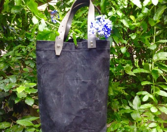 Waxed Canvas bag / Gift for Her / Waxed Canvas day Bag / Handmade Bag / Shopper Bag in Waxed Canvas / Bag with  Leather's handles / Day Bag