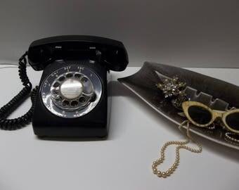 Vintage Black Rotary Dial Phone ITT