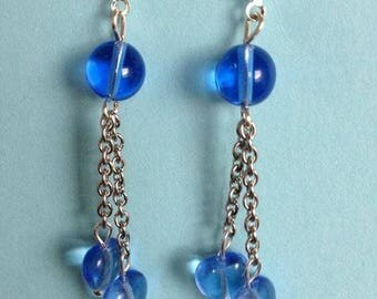 Fancy blue heart earring