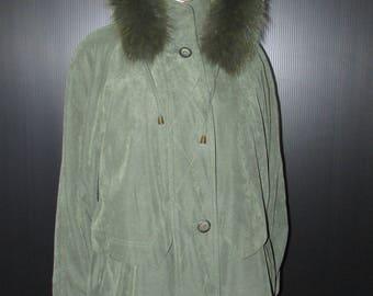Vtg joli manteau  doublé de fourrure d'opossum pelisse avocado enlevable/  Vtg avocado  removable opossum  pelisse fur coat    bust 40