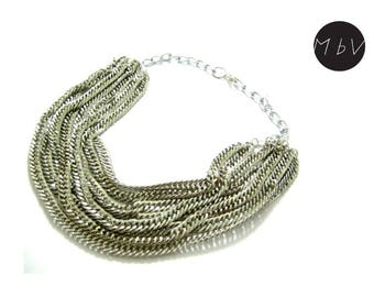 Elegant Massive Fashion Style Necklace with 8 Metal Chains