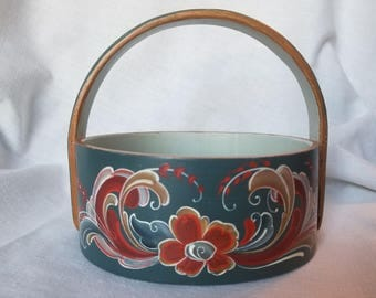 Norwegian Rosemaled Basket with Telemark Design and Contrasting Interior