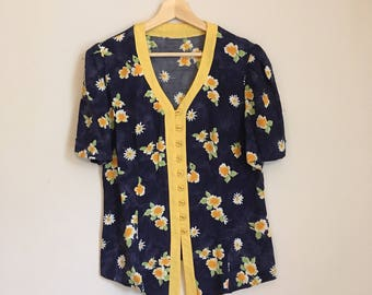 Button down blouse, 70s, flower power, daisy top, hippy, M, *vintage*
