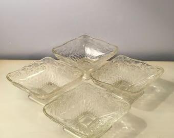 Set of 4 Vintage INDIANA Glass Embossed PINEAPPLE & FLORAL Dessert Ice Cream Sherbet Diamond Shaped Pedestal Bowl Dishes