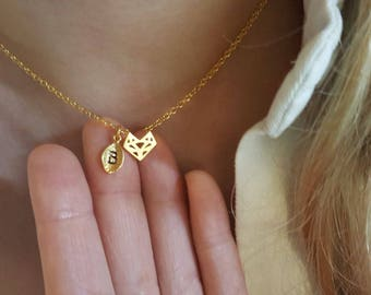 Delicate Origami Fox Necklace, Fox necklaces,initial leaf necklace,Layering necklace,unique Necklace ,Bridesmaid Gift, valued gift