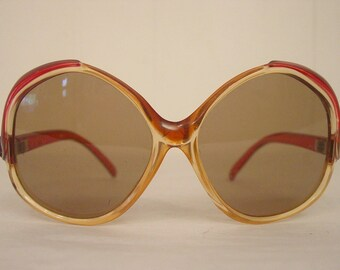 Vintage sunglasses, 1970s sunglasses, red sunglasses, oversized sunglasses, Vintage eyewear