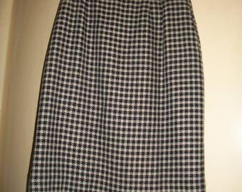 Vintage Black, White Plaid Wool Blend Skirt, Size 4