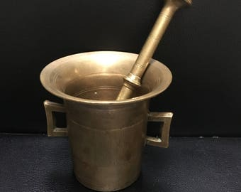 Bronze Apothecary Mortar and Pestle. Vintage. Excellent condition.