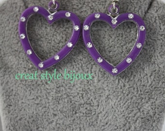 very pretty earring with heart and rhinestones