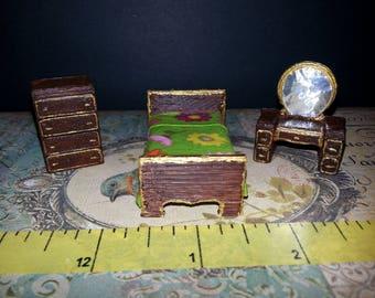 Quarter Scale Bedroom Furniture - 1950s inspired miniatures