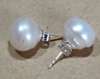Real Freshwater cultured Pearl Classic Stud Earrings Large 11mm