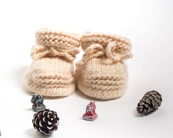 Baby booties made from organic camel wool - beige