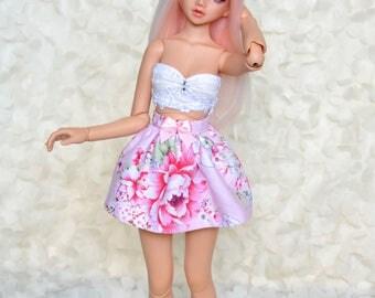 Minifee/Unoa/BJD/ Doll/Fairyland Skrit with flowers and a cute little bow