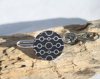 Round key holder