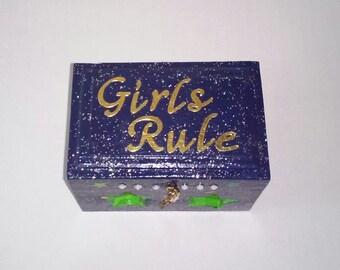 Girls Rule keepsake box (blue)
