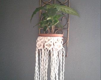 Macramé plant skirt