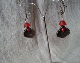 Red bead and bronze Flower Earrings