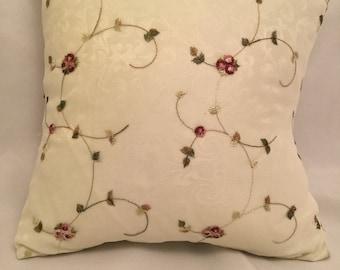 Little roses pillow - 42