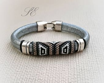 Peyote bracelet-Regaliz leather bracelet-Peyote bracelet-beaded bracelet and leather-Men's bracelet-unisex bracelet