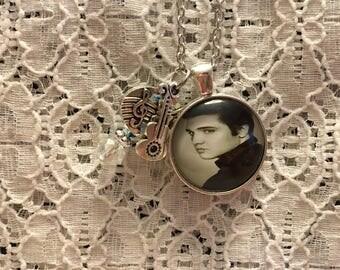 Elvis Presley Charm Pendant Necklace/Elvis Charm Pendant Necklace/Elvis Jewelry/Elvis Necklace/Elvis Pendant/I Love Elvis Jewelry